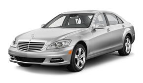 Mercedes-Benz S-Class W220 Sedan Sedan  / Hong Kong Island, Hong Kong   / Hourly HKD 0.00