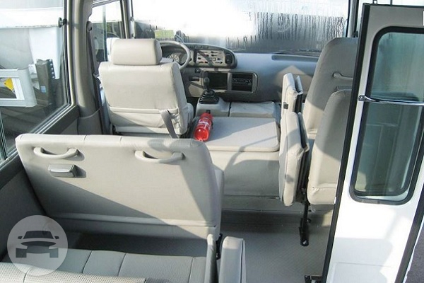 TOYOTA COASTER Coach Bus / Hong Kong Island, Hong Kong   / Hourly HKD 820.00  / Airport Transfer HKD 2,755.00