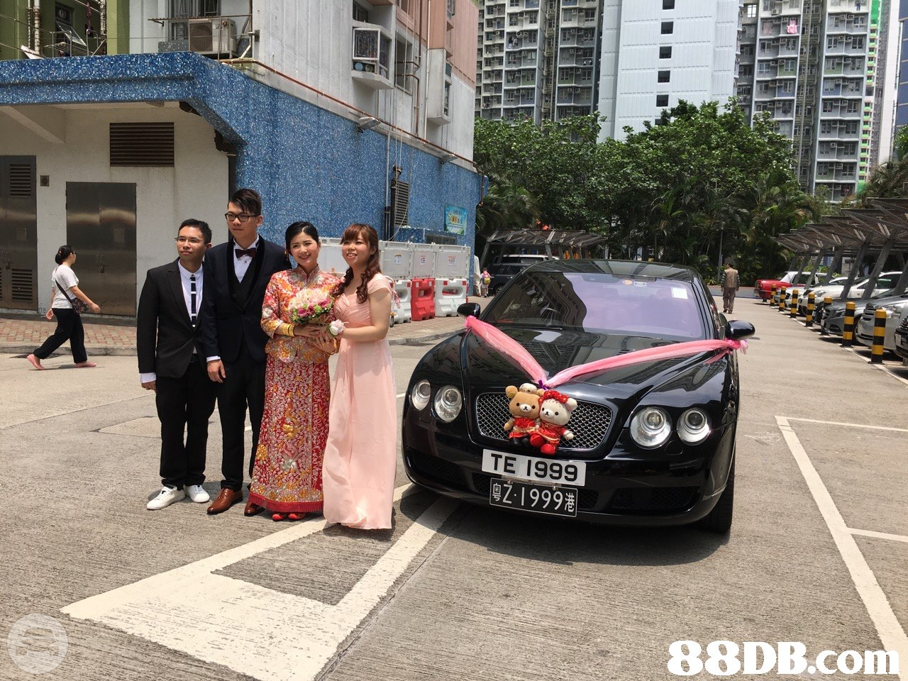 Bentley Sedan  / Kowloon, Hong Kong   / Hourly HKD 749.00