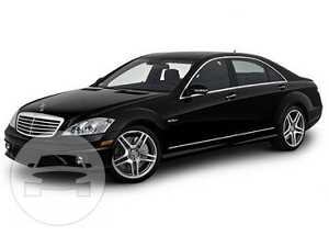 MERCEDES BENZ S-CLASS W221 Sedan  / Kowloon, Hong Kong   / Hourly HKD 850.00  / Airport Transfer HKD 1,555.00