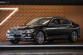 BMW 7 Series Sedan  / Kowloon, Hong Kong   / Hourly HKD 550.00  / Airport Transfer HKD 1,100.00