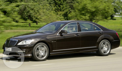 Mercedes Benz S600 Sedan  / Hong Kong Island, Hong Kong   / Hourly HKD 1,261.00
