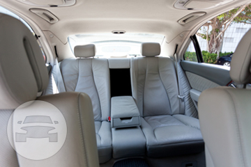 Mercedes Benz W221 Sedan  / Kowloon City District, Hong Kong   / Hourly HKD 560.00  / Airport Transfer HKD 1,000.00