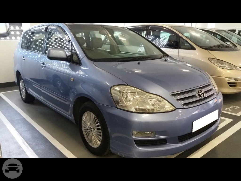 2004 Toyota PICNIC - Blue Van / Kowloon, Hong Kong   / Hourly HKD 450.00