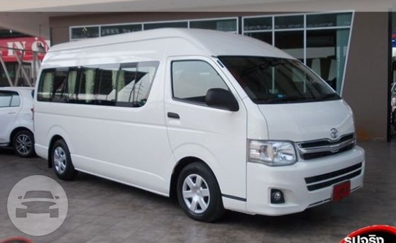 Toyota Grandia Van Van / Kowloon, Hong Kong   / Hourly HKD 0.00